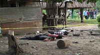 Imagenes de cuatro hombres masacrados en finca de reu.mp4